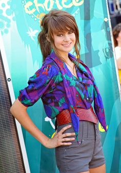 Shailene Woodley Photos: 2009 Teen Choice Awards - Fashion Choices