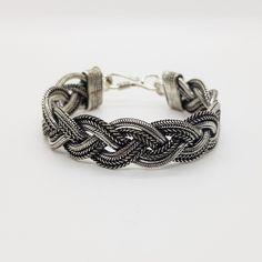 """Armband """"Kiana""""  Breite ca. 14 mm  Länge ca. 18,3 cm  Hakenverschluss  Versilbert  Unisex #JOY #Einzelstücke #geflochten #Armband #Armschmuck #versilbert #schmuck #braided #bracelet #silverplated #jewelry #jewellery #bijoux #einzelstück #uniquepiece #unisex #Geschenk #Geschenkidee #gift #vatertag #Muttertag #valentinstag #Geburtstag #Hochzeitstag #Weihnachten #freudeschenken #fashion #style #love #außergewöhnlich #sehenswert #womensfashion #mensfashion #schmuckliebe #onlineshop #shopping Unisex, Gift Ideas, Bracelets, Silver, Gifts, Collection, Jewelry, Fathers Day, Braided Bracelets"""