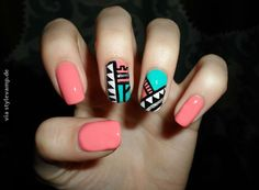 I LOVE this design. beautiful pastel nailart