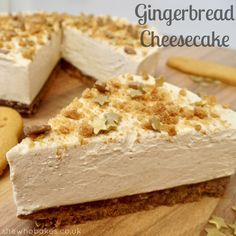 Gingerbread Cheesecake by She Who Bakes. gingerbread unsalted butter For the filling; Fall Desserts, Christmas Desserts, Just Desserts, Delicious Desserts, Yummy Food, Sweet Desserts, Christmas Recipes, Christmas Ideas, Gingerbread Cheesecake