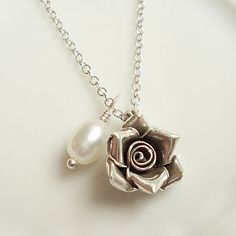 Rose Pearl Silver Necklace