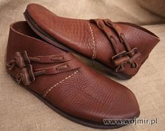 Polish website for historic accurately made viking shoes…