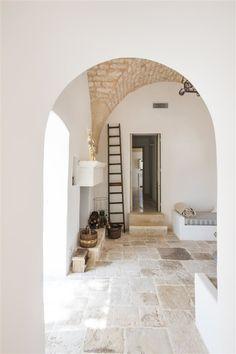 home decor modern Home Interior Design, Interior Architecture, Interior And Exterior, Interior Decorating, Interior Modern, Modern Exterior, Italian Home, Stone Flooring, Home Decor Kitchen