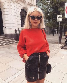 Fashion, style and outfit ideas and inspiration from women, including vintage chic… - Outfit.GQ - Fashion, style and outfit ideas and inspiration from women, including vintage chic … # - Trend Fashion, Weird Fashion, Look Fashion, Autumn Fashion, Fashion Outfits, Ladies Fashion, Fashion Ideas, Womens Fashion, Fashion Edgy
