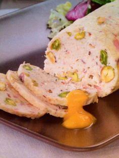 Fiambre de pollo con pistachos y crema de verduras Thermomix