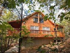 Pigeon Forge Cabin Rental: From $135 - $185 /night.. Beautiful, Secluded, Luxury Cabin! 3 bed