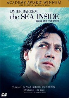 Mar adentro (The Sea Inside) - Javier Bardem stars in this film. Javier Bardem, See Movie, Movie Tv, Movie Club, Movie List, Movie Theater, Great Films, Good Movies, Saddest Movies
