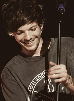 happy belated birthday to this amazing, sweet, adorable, talented guy! I love you so much Lou!