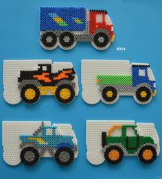 Inspiration for playing with Hama Beads Perler Bead Designs, 3d Perler Bead, Pearler Bead Patterns, Perler Patterns, Pearler Beads, Fuse Beads, Loom Beading, Beading Patterns, Art Perle