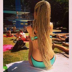 ❝ɪ'ᴠᴇ ɢᴏᴛ ʙʀᴏᴋᴇɴ ʜᴇᴀʀᴛ ʙʟᴜᴇs❞ Micro Braids, Long Box Braids, Ghana Braids, African Braids, Braided Ponytail Hairstyles, Pretty Hairstyles, Hair Locks, Box Braids Styling, Black Braids