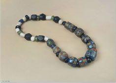 Glassperler, vikingtid - Glass beads, viking age.