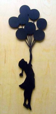 Girl with balloons silhouette Bijou en plastique fou / plastique dingue Paper Art, Paper Crafts, Diy Crafts, Art Projects, Projects To Try, Its A Girl Balloons, Quilled Creations, Silhouette Art, Scroll Saw Patterns