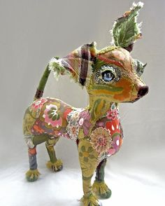 pretty scruffy by Bryony Rose Jennings Paper Mache Animals, Fabric Animals, Textile Sculpture, Soft Sculpture, Fabric Dolls, Fabric Art, Paper Mache Crafts, Animal Sculptures, Textile Artists