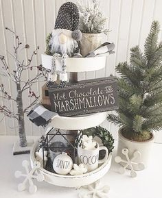 Are you searching for inspiration for farmhouse christmas decor? Browse around this website for amazing farmhouse christmas decor ideas. This unique farmhouse christmas decor ideas seems to be wonderful. Christmas Farm, Farmhouse Christmas Decor, Rustic Christmas, White Christmas, Farmhouse Decor, Christmas Holidays, Christmas Crafts, Farmhouse Style, Rustic Style