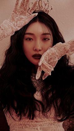 Home - Quora Kpop Aesthetic, Aesthetic Photo, Aesthetic People, Kpop Girl Groups, Kpop Girls, K Pop, Pretty People, Beautiful People, Euna Kim