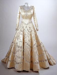 Elizabeth II wedding dress