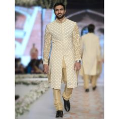 HSY Men Wedding Dresses Sherwani Designs Collection 2016-2017 consists of best menswear wedding suits, shalwar kameez, embroidered fancy kurtas for eastern men!
