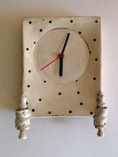 maria kristofersson Make clocks from clay slabs!