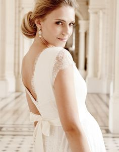 Short Lace Maternity Wedding Dress | Seraphine