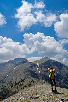 hiking to the top - Mount Olympus, Greece Places To Travel, Places To See, Mount Olympus, Walking Holiday, Greece Holiday, Top Of The World, Adventure Is Out There, Greek Islands, Adventure Awaits