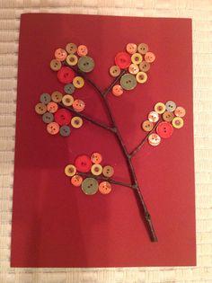 Podzimní stromeček z větvičky a barevných knoflíků