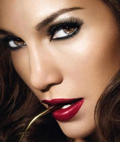<3 Gloria, when you come back this is the perfect profile pin for you! <3 *Jennifer Lopez