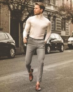 January 2020 suggestions from vogue editor Mert Aslan - Everything About Women's Mens Fall Outfits, Stylish Mens Outfits, Nice Outfits For Men, Nice Clothes For Men, Stylish Man, Casual Outfits, Formal Men Outfit, Casual Wear For Men, Men Formal