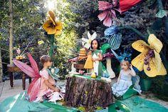 DIY Papier mache flowers & book giveaway - The House That Lars Built Paper Mache Flowers, Last Minute Diy Costumes, Fairy Tea Parties, Tea Party, Baby Party, Party Giveaways, Paper Crafts Origami, Diy Papier, Giant Flowers