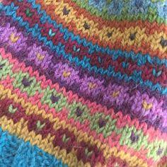 Punto Fair Isle, Motif Fair Isle, Fair Isle Chart, Loom Knitting, Knitting Stitches, Hand Knitting, Vintage Knitting, Knitting Machine, Fair Isle Knitting Patterns