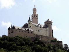 Germany spends stimulus money on its medieval castles   Medieval News