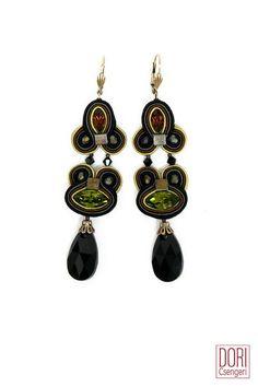 Paradox must-have earrings are now 50% off! #doricsengeri #dropearrings #musthaveearrings #designerearrings #uniqueearrings