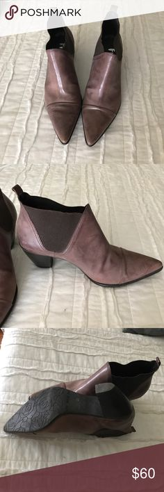 Shoes Light brown ankle bootie. Great condition. Leather fidji Shoes Ankle Boots & Booties