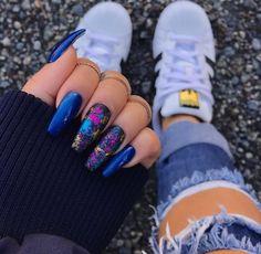 Nail art Christmas - the festive spirit on the nails. Over 70 creative ideas and tutorials - My Nails Blue Acrylic Nails, Acrylic Nail Designs, Pink Nails, Marble Nails, Cute Nails, Pretty Nails, Diy Ongles, Nails Polish, Jelly Nails