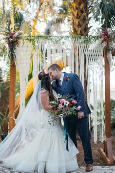 A colorful chic bohemian wedding with a vintage glam wedding dress, jewel tone fall flowers, and the sweetest personal touches from stylish sweethearts! Wedding Dress Trends, Wedding Dress Shopping, Wedding Gowns, Wedding Bouquet, Bridal Gowns, Wedding Ideas, Bohemian Wedding Inspiration, Boho Wedding, Fall Wedding