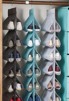 Home Discover 33 Simple Dorm Room Organization Ideas Dekoration World Diy Organisation Dorm Room Organization Fabric Crafts Sewing Crafts Sewing Projects Sewing Tips Shoe Storage Small Shoe Storage Ideas For Small Spaces Diy Para A Casa Diy Home Crafts, Sewing Crafts, Diy Home Decor, Sewing Projects, Diy Projects, Sewing Tips, Fabric Crafts, Simple Crafts, Upcycled Crafts