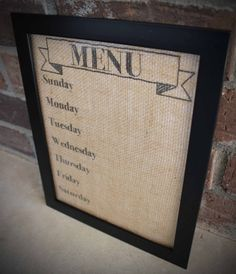 A wet-erase burlap menu planner board makes your week so much easier! Use this planner to figure out your meals for the week, so you dont have to