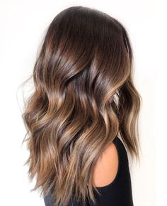 Long Wavy Ash-Brown Balayage - 20 Light Brown Hair Color Ideas for Your New Look - The Trending Hairstyle Brown Hair Balayage, Brown Blonde Hair, Brown Hair With Highlights, Balayage Brunette, Light Brown Hair, Hair Color Balayage, Brown Hair Colors, Brunette Hair, Ombre Hair