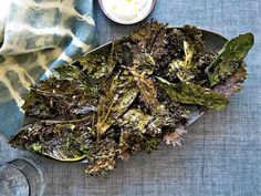 Recipe for crispy kale with lemon yogurt dip from Food and Wine. Canapes Recipes, Kale Recipes, Gf Recipes, Vegetarian Recipes, Snack Recipes, Healthy Recipes, Appetizers, Party Recipes, Yogurt Dip Recipe