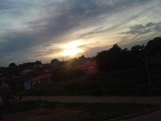 Pôr do sol visto do bairro Alto Caixa D'Água, São João do Piauí.