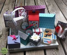 Punching and folding board - ideas about ideas- Stanz- und Falzbrett – Ideen über Ideen Punching and folding board for gift bags - Diy Envelope, Envelope Punch Board, Stampin Up, Diy And Crafts, Paper Crafts, Exploding Boxes, Explosion Box, Marianne Design, All Paper