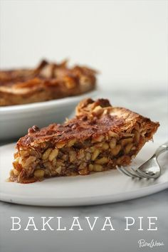 baklava pie: all the things in the traditional kind -- crunchy nuts, gooey honey, flaky phyllo dough -- but prepared as a pie rather than a pastry. Köstliche Desserts, Delicious Desserts, Dessert Recipes, Yummy Food, Dinner Recipes, Tart Recipes, Greek Recipes, Cooking Recipes, Pie Dessert
