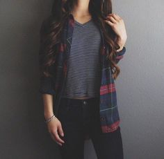 Are you looking for stylish fall outfit 2018 that are excellent for fall? See our collection full of fall fashion outfits Chemise Tartan, Fall Winter Outfits, Autumn Winter Fashion, Spring Outfits, Teen Winter Outfits, Winter Beauty, Winter Wear, Look Skater, Look Fashion