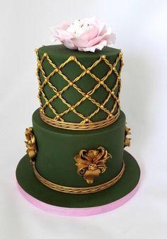 Green cake by Zdenek