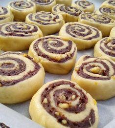 Greek Desserts, Greek Recipes, Vegan Desserts, Dessert Recipes, Greek Cookies, Sweet Corner, Small Cake, Food And Drink, Yummy Food