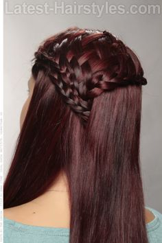 long Boho Coiffure avec WavesLes dernières Coupes de cheveux Tresses #hair #hairstyle #hairstyles Are you not in love with this hairstyle? Yessss would you like to visit my site then? #haircolour #haircolor #haircut #braid #longhair