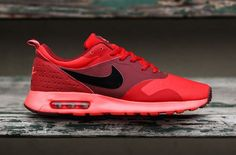 """A Bright & Bold Nike Air Max Tavas in """"University Red"""""""