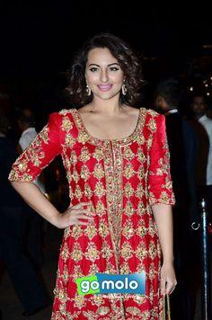 Sonakshi Sinha at Arpita Khan's wedding reception in Mumbai