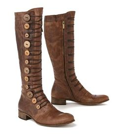 LOVE these boots! would be SUPEReasy to convert my black boots into these...just need some buttons and laces!