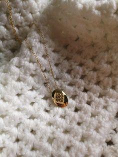 Biżuteria dla tych, którzy kochają góry. Jewelry Photography, Jewlery, Gold Necklace, Silver, Beautiful, Fashion, Necklaces, Head Bands, Clocks