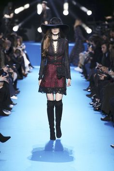 ELIE SAAB Ready-to-Wear Autumn Winter 2016-17